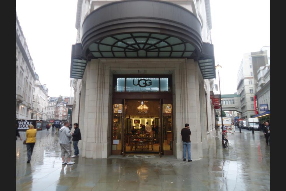 ugg store oxford street